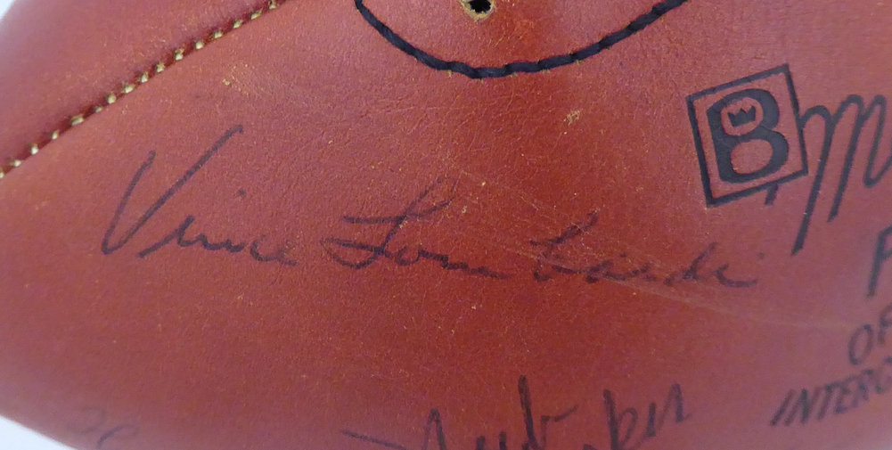 1963 Green Bay Packers Autographed Signed Football With 48 Signatures Including Vince Lombardi & Bart Starr Beckett Bas #A52079 Image a