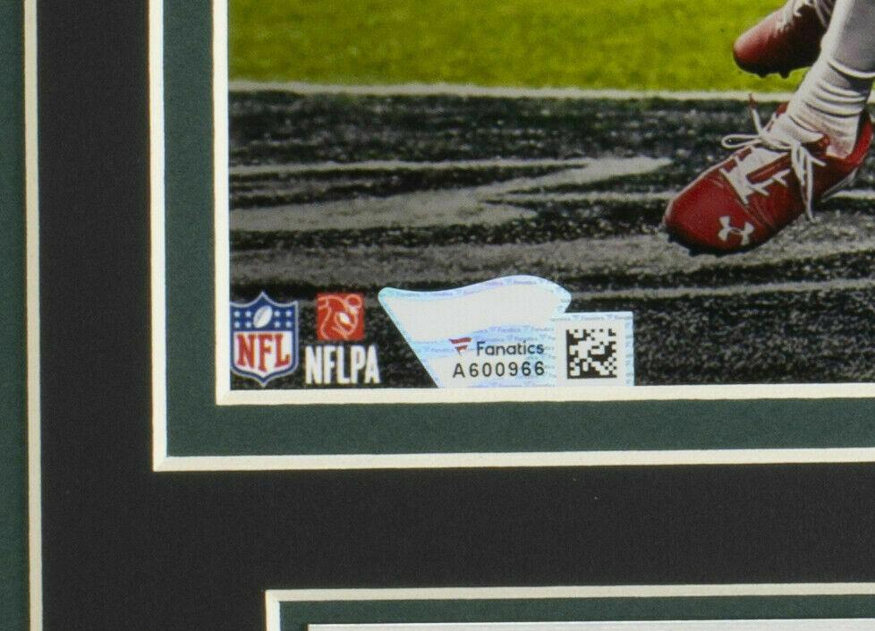 Alshon Jeffrey Autographed Signed Framed Philadelphia Eagles 8X10 Photo Fanatics Image a