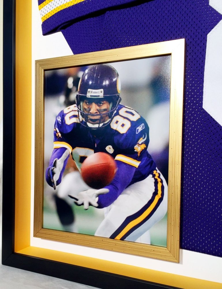 sports shoes c5115 d8389 Deluxe Framed Cris Carter Autographed Signed Vikings Jersey ...