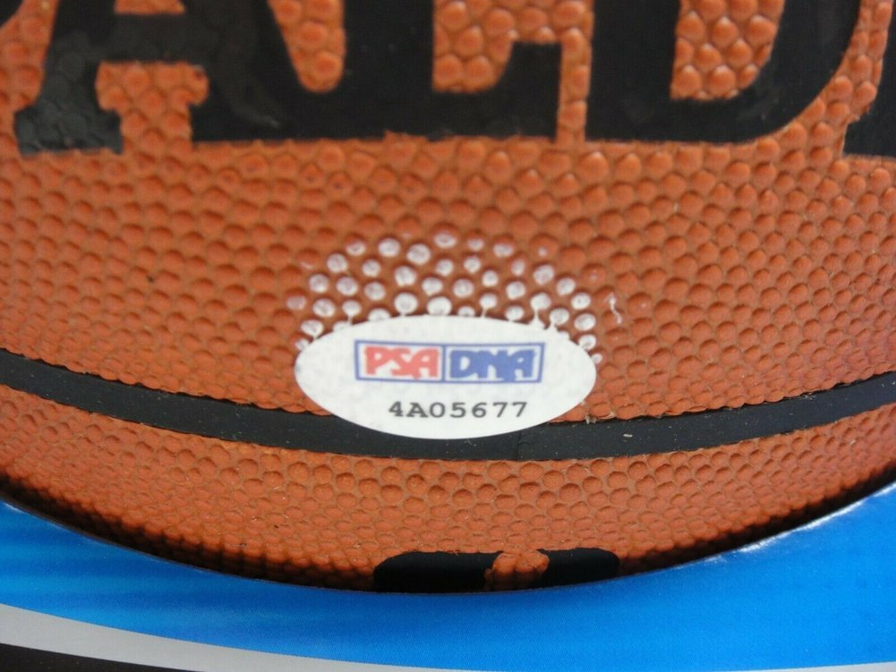 Dwyane Wade Autographed Signed PSA/DNA Official NBA Leather Game Basketball Autograph Image a