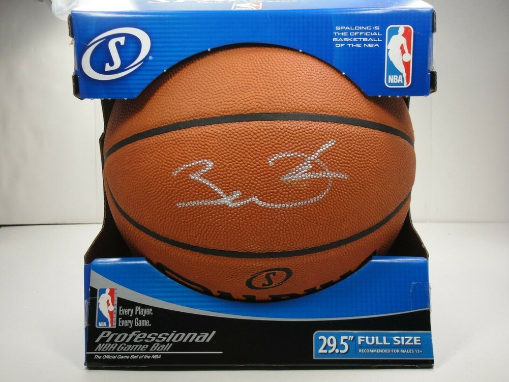 Dwyane Wade Autographed Signed PSA/DNA Official NBA Leather Game Basketball Autographed HOF Image a