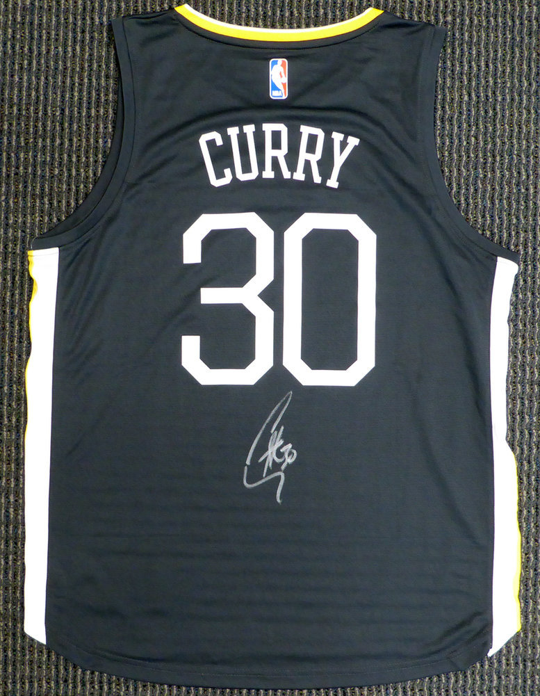 new product dc0f5 a0432 Golden State Warriors Stephen Curry Autographed Signed ...