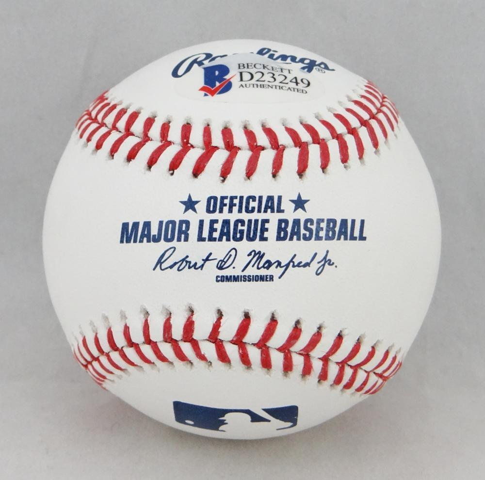 f9272e85493 ... Jose Altuve Autographed Signed Rawlings Official Major League Baseball  - Beckett Auth Image a