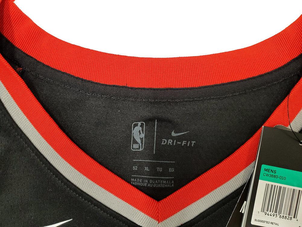 Portland Trail Blazers Damian Lillard Autographed Signed Black Nike Jersey Size XL Beckett BAS Image a