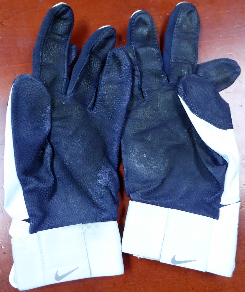 Robinson Cano Autographed Pair of Game Used Nike Batting Gloves with Signed Certificate RC #113654 Image a