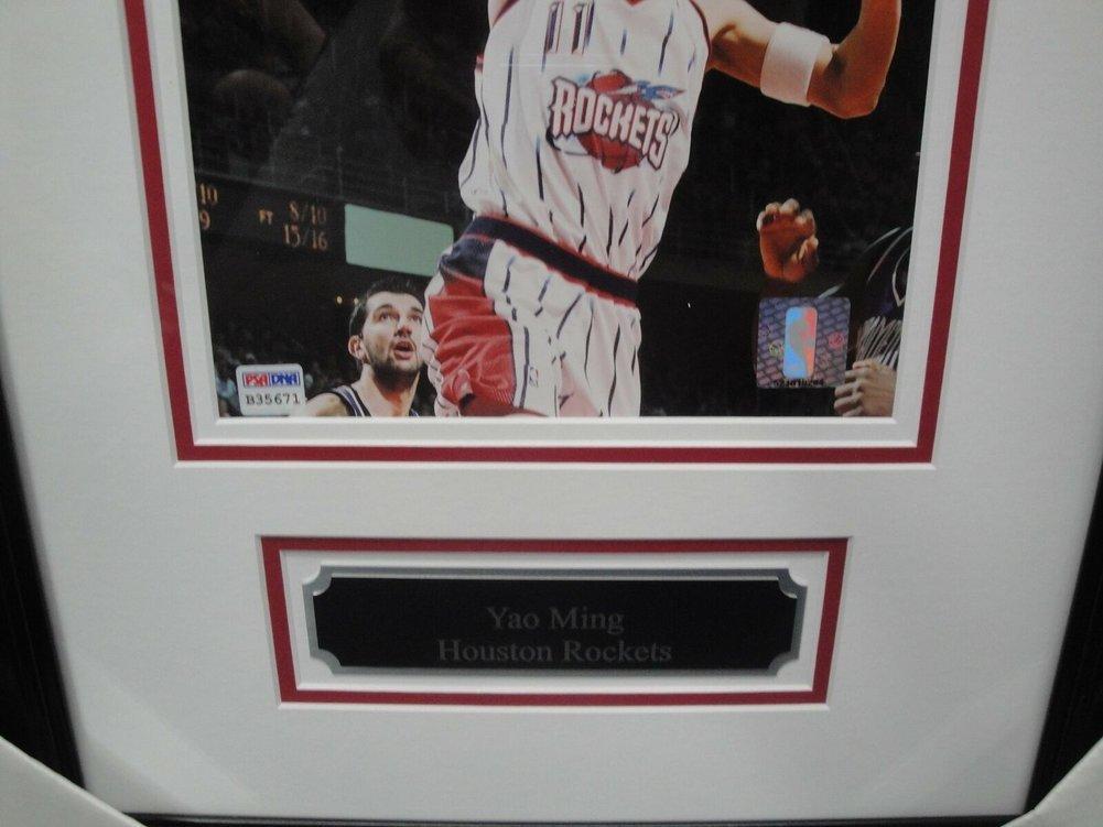 half off fb473 a3ed5 Yao Ming Autographed Signed Memorabilia 8x10 Photo Rockets ...