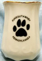Groundhog Paw Toohtpick Holder