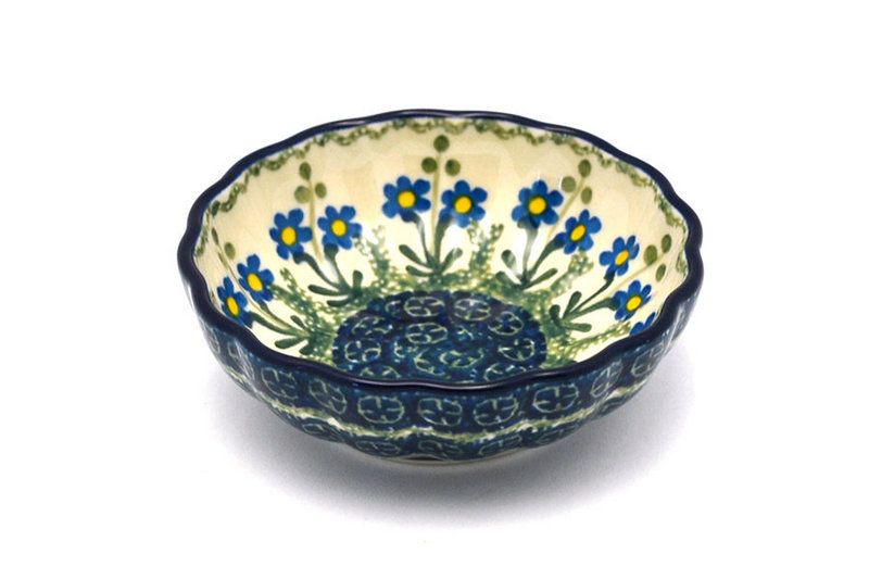 Ceramika Artystyczna Polish Pottery Bowl - Shallow Scalloped - Small - Blue Spring Daisy 023-614a (Ceramika Artystyczna)
