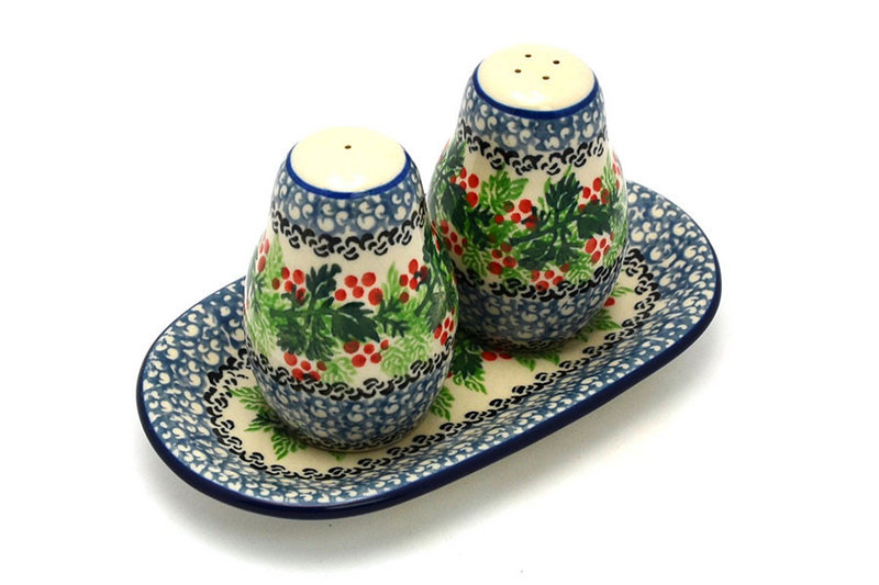 Ceramika Artystyczna Polish Pottery Salt & Pepper Set - Holly Berry 131-1734a (Ceramika Artystyczna)