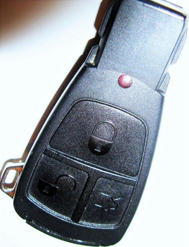 Mercedes Benz Iyz 3302 Keyless Remote Car Keyfob Key Fob