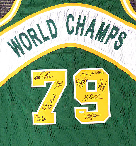 6cc98847964 1978-79 NBA Champions Seattle Supersonics Multi Signed Autographed Signed  Green Jersey With 9 Signatures