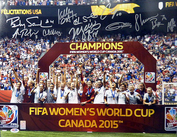 2015 Women s World Cup Championship Autographed Signed 16x20 Photo With 10  Signatures Including Carli Lloyd and 95297085f
