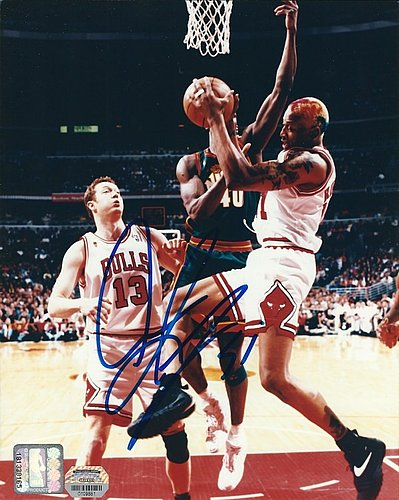 buy popular d3357 aeca1 Dennis Rodman Autographed Memorabilia   Signed Photo, Jersey ...