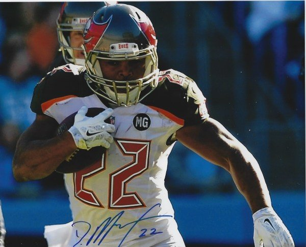 0a85a7bd1 Autographed Signed Doug Martin 8x10 Tampa Bay Buccaneers Photo - Certified  Authentic