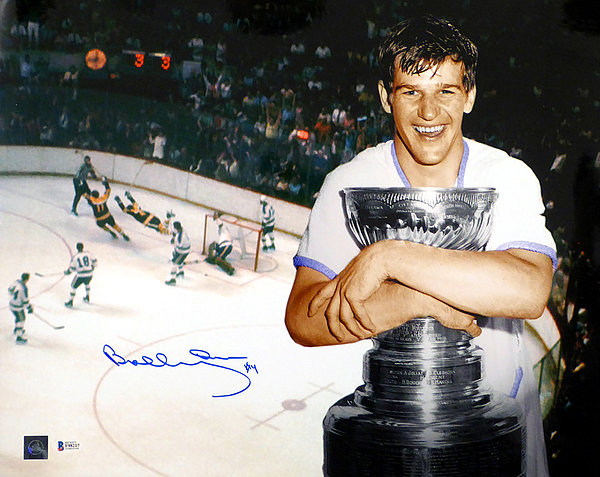 Bobby Orr Autographed Signed 16x20 Photo Boston Bruins - Beckett Authentic