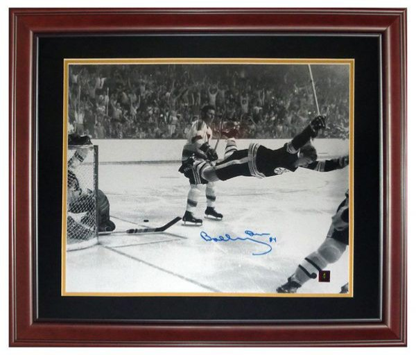 Bobby Orr Autographed Signed Boston Bruins (Flying Goal) Deluxe Framed 16X20 Photo