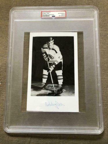 Bobby Orr Autographed Signed Photograph Photo Autographed Autograph Auto PSA/DNA COA Hockey