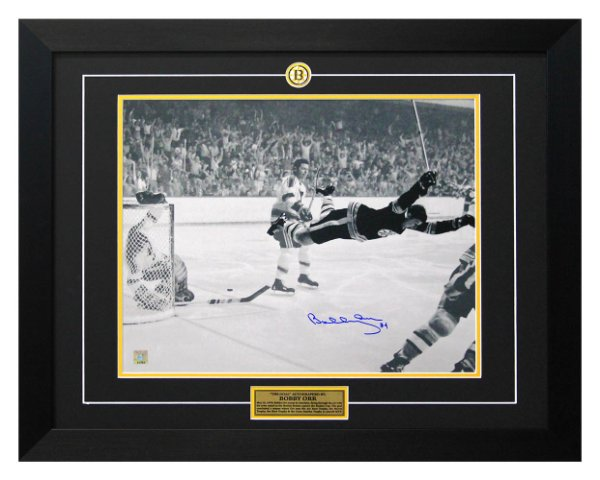 Bobby Orr Boston Bruins Autographed Signed 1970 Cup Winning Goal 26x32 Frame: GNR COA