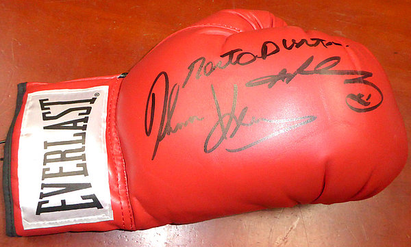 b364a2570bb Boxing Greats Autographed Signed Red Everlast Boxing Glove With 3  Signatures Including Sugar Ray Leonard Thomas Hearns and Roberto Duran RH -  PSA DNA ...