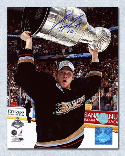 a67e3ccf0 Corey Perry Anaheim Ducks Autographed Signed 2007 Stanley Cup 8x10 Photo -  Certified Authentic