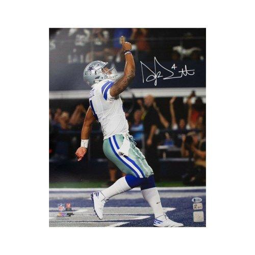 Beckett Auth White Jersey Dak Prescott Autographed Dallas Cowboys Funko Pop Figurine