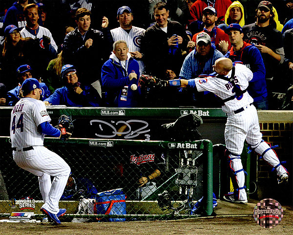 David Ross Autographed Signed Chicago Cubs 2016 World Series Foul Ball Play 8x10 Photo - Authentic Signature