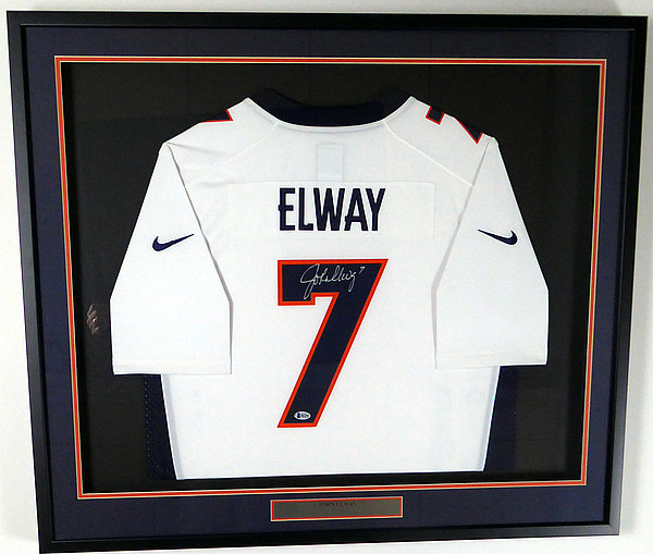 Denver Broncos John Elway Autographed Signed Framed White Nike Twill Jersey  Size L - Beckett BAS cb8cc64b1
