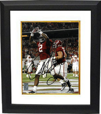 Derrick Henry Autographed Signed Alabama Crimson Tide 8x10 Photo Custom Deluxe Framed #2 - Certified Authentic
