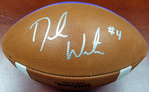 614229243 DeShaun Watson Autographed Signed Clemson Tigers National Champions Limited  Edition NCAA Leather Football - Beckett Certified