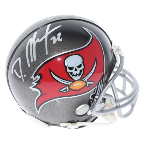 9611b48e58e27 Doug Martin Tampa Bay Buccaneers Autographed Signed Riddell Mini Helmet -  Certified Authentic