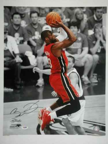 Dwyane Wade Autographed Signed PSA/DNA Certified Miami Heat 16X20 Photograph Autographed #3
