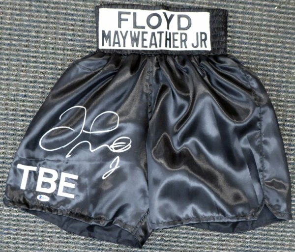 Floyd Mayweather Jr. Autographed Signed Black Boxing Trunks Beckett BAS Stock #159668