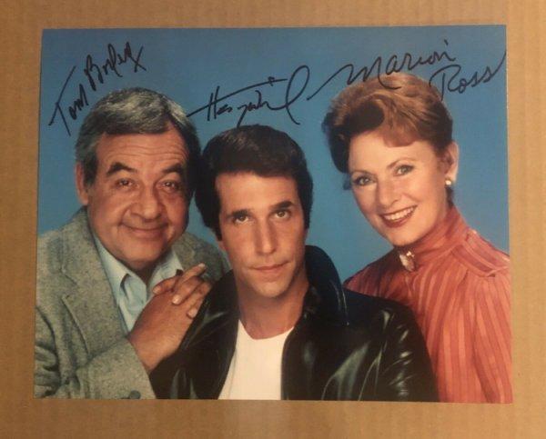 Henry Winkler Autographed Preprint Signed Photo Fridge Magnet