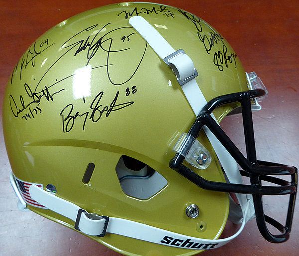 f55ab4e70 Heisman Trophy Winners Autographed Signed Full Size Gold Helmet With 24  Signatures Including Barry Sanders Bo Jackson and Marcus Mariota Steiner  Holo
