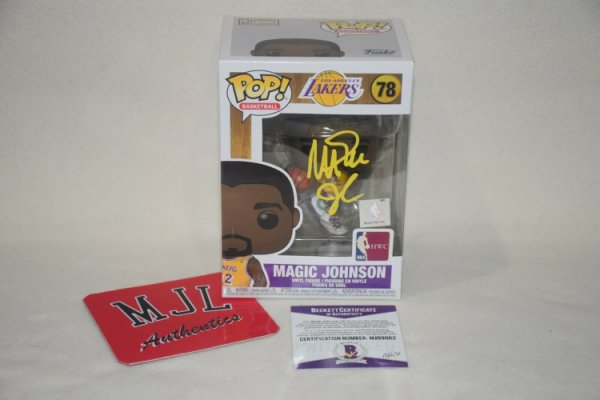 Magic Johnson Autographed Signed Autographed Funko Pop Beckett COA La Lakers Dodgers
