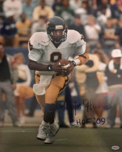 Major Harris Autographed Signed Memorabilia Running in White 16x20 Photo with CHOF 09 - Certified Authentic