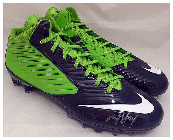 Marshawn Lynch Autographed Signed Nike Cleats Shoes Seattle Seahawks ML Holo Stock #131211 - Certified Authentic