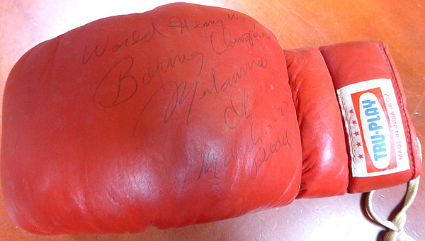 Muhammad Ali Autographed Signed Tru Play Boxing Glove World Heavy Weight Boxing Champ March 12 - 77 Peace - PSA/DNA Certified