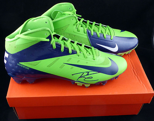 Russell Wilson Autographed Signed Nike Cleats Shoes Seattle Seahawks RW Holo - Certified Authentic124633