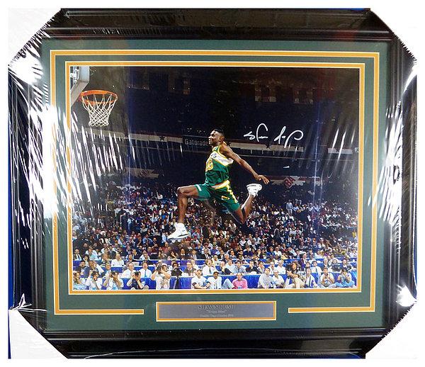 74dbc3dce2c61 Shawn Kemp Autographed Memorabilia | Signed Photo, Jersey ...