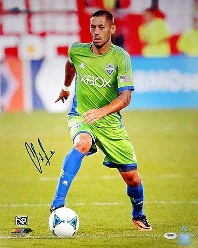 57e3776ba8b Signed Clint Dempsey Autographed 16x20 Photo Seattle Sounders - PSA DNA  Certified
