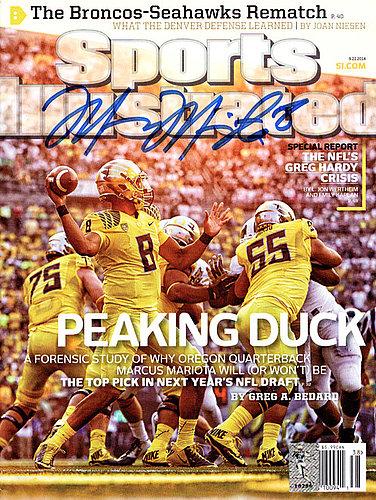 Signed Marcus Mariota Autographed Sports Illustrated Magazine Oregon Ducks MM Holo Stock #89203