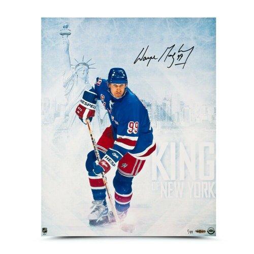Wayne Gretzky Autographed Signed Autographed 16X20 Photo King Of New York Rangers #/99 UDA