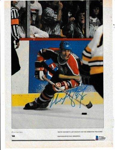 Wayne Gretzky Autographed Signed (Edmonton Oilers) Magazine Photo With Beckett Loa