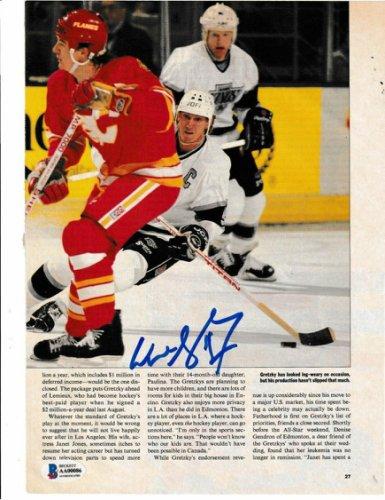 Wayne Gretzky Autographed Signed (Los Angeles Kings) Magazine Photo With Beckett Loa