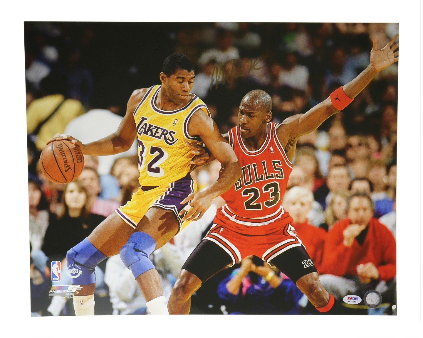 4526a1cf107 Magic Johnson Autographed Signed 16x20 Photo Los Angeles Lakers - PSA DNA  Certified
