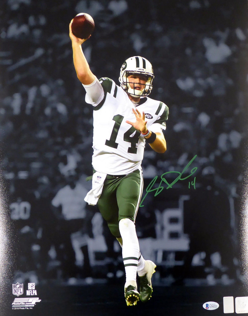 detailed look effa1 0e1de Sam Darnold Autographed Signed 16x20 Photo New York Jets ...