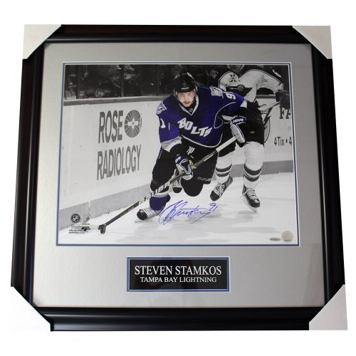 Steven Stamkos Tampa Bay Lightning Autographed 16x20 Spotlight Photo - Certified Authentic